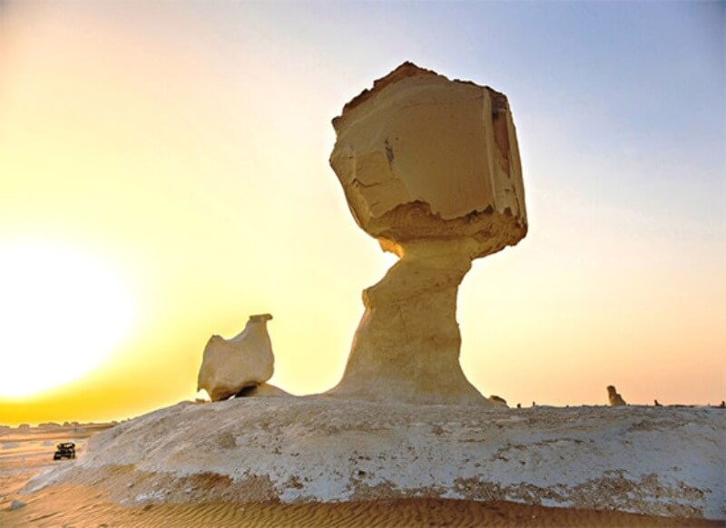 Explore two different sides of Egypt on this 6-day Bahariya Oasis tours. Your tour to Bahariya Oasis, will let you camp in the amazing white desert
