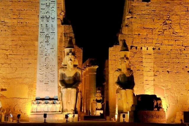 Explore the luxury Egypt tours in these 12 days, spend 4-days in Cairo before embarking on the luxury Dahabiya Sonesta Amirat Dahabiya.