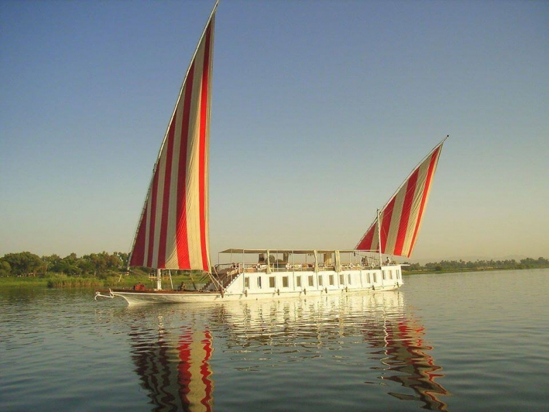 The best of luxury tours to Egypt, sail on luxury Nour El Nil Dahabiya from Aswan to Luxor