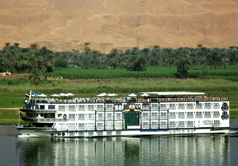 test a uniqe saliling with the Luxury Sonesta St Gorge Nile cruise