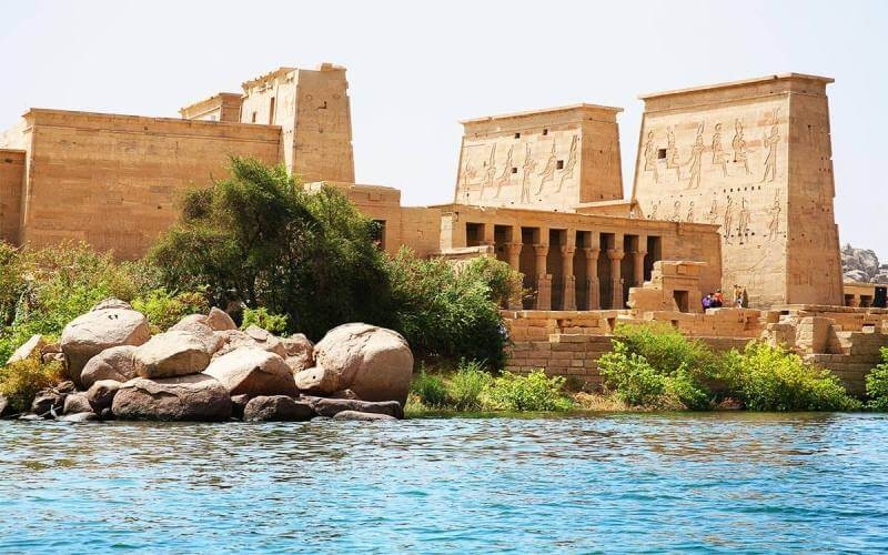 This beautiful Philae temple complex is one of the foremost things to do in Aswan with it's picturesque in between all of Egypt.